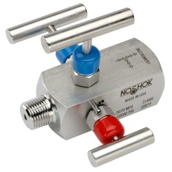 NOSHOK 3070-MFS-P1-T1 1/2 NPT, Male x Female, 316 SS, PTFE Packing, Non-Rotating Tip 316 SS, 3-Valve Double Block & Bleed, Hard Seat
